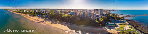 Plexiglas Natuur BRISBANE, AUS - MAY 13 2018: Panoramic aerial image of Sutton Beach area, taken by the drone.