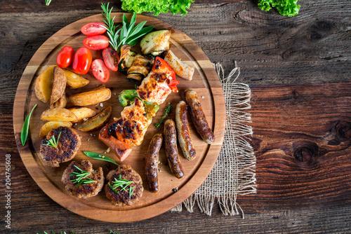 Fototapeta Barbecue - Grillen - Fleisch - Catering - Buffet
