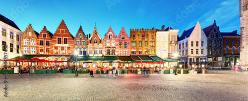 Canvas Brugge Bruges - Panorama of Market place at night, Belgium