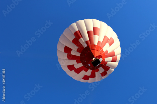 big balloon with a basket of people