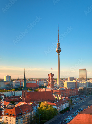 Plexiglas Berlijn Aerial view of central Berlin on a bright day in Spring, iand television tower on Alexanderplatz