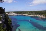 Belle plage de Cala Galdana calanque de l'île de Minorque aux baléares, Espagne
