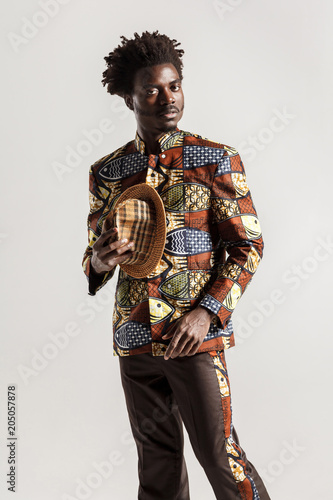 Foto Murales Richly and luxury african man in traditional clothes