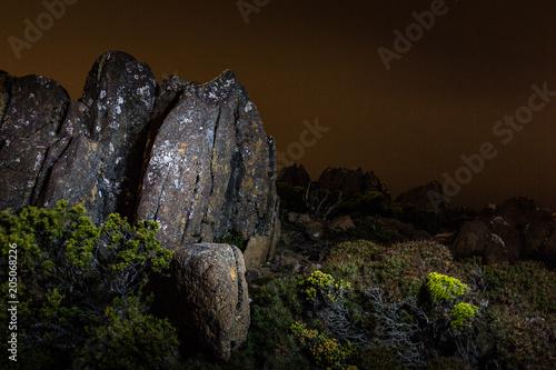Fotobehang Chocoladebruin Mount Wellington light painting at night