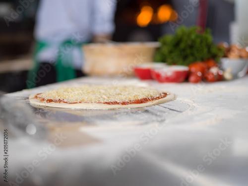 Plexiglas Pizzeria raw pizza margarita
