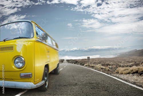 Fotobehang Konrad B. Picture of a yellow bus - vacation journey