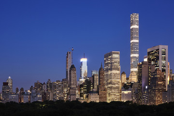 Manhattan skyline at dusk, New York City Upper East Side, USA.