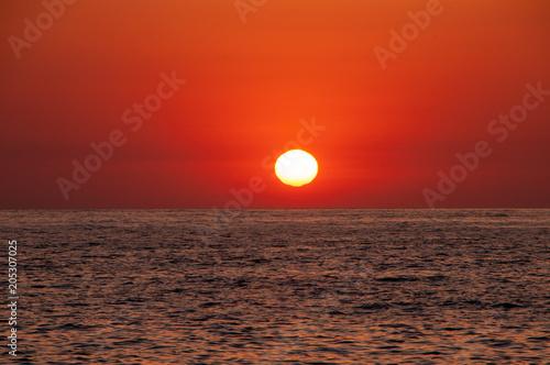 Foto Spatwand Baksteen 太平洋に昇る朝日