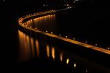 Brücke im Dunkeln