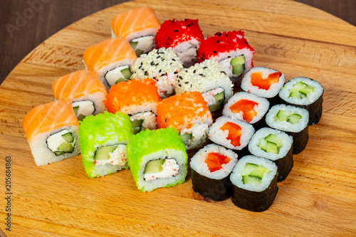 Fotobehang Sushi bar Japan sushi and roll