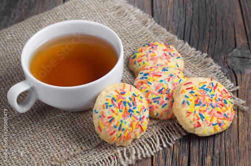 Herbata i pyszne ciasteczka