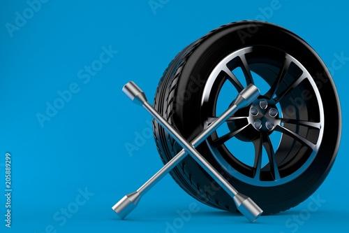 Car wheel with wheel spanner