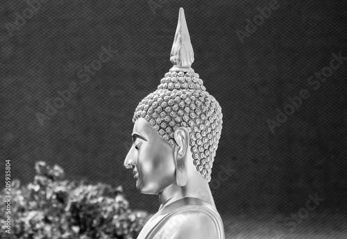 Canvas Boeddha head of buddha statue - monochrome background