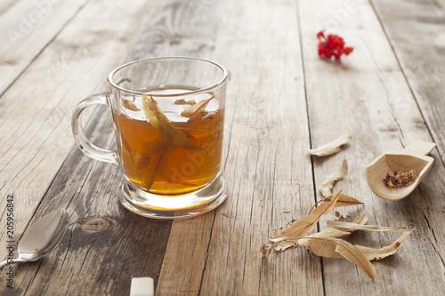 zielona filiżanka herbaty