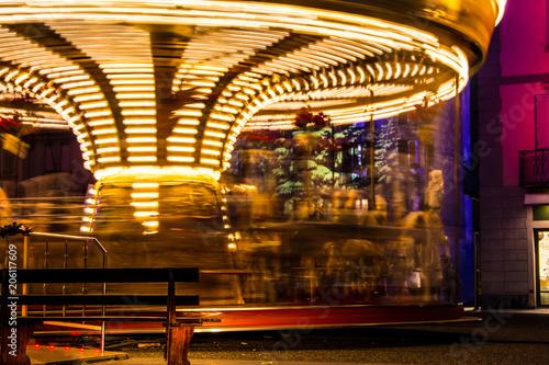 Fotobehang Amusementspark carousel in como