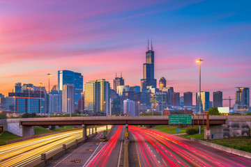 Chicago, Illinois, USA Skyline © SeanPavonePhoto