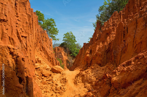 Fotobehang Rood paars The Bong Lai or Suoi Tre Red Canyons near Mui Ne in south central Bình Thuan Province, Vietnam