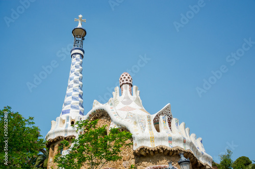 Fotobehang Barcelona Entrance to the Park. The roof of a gingerbread house in the Park Guell