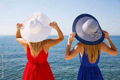 Canvas Cyprus Blond women