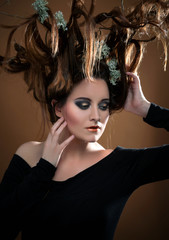 Kreative Frisur - Haare - Headpiece - Kopfschmuck - Avantgarde © Hetizia