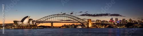 Canvas Sydney Sydney harbour at dusk, Sydney NSW, Australia