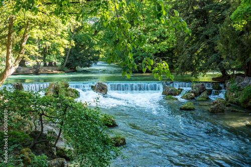 Englischer Garten in München - 206800850