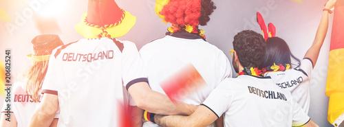 Leinwanddruck Bild Deutsche Fussball Fans im Weltmeisterschaft Fieber