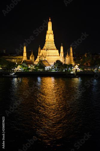 Aluminium Bangkok Night view of Wat Arun temple and Chao Phraya river