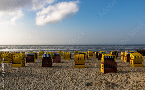 Aluminium Noordzee Strandkörbe am Strand