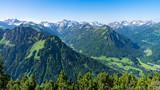 Alpenpanorama in der Nähe von Oberstdorf im Allgäu