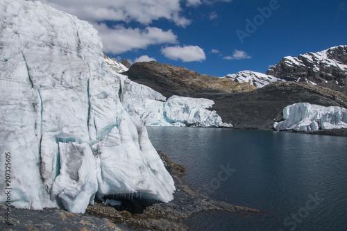 Aluminium Nachtblauw The Pastoruri glacier at the Cordillera Blanca (Peru)