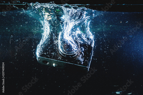 Canvas Heelal water, blue, drop, abstract, liquid, splash, bubble, ice, wave, clean, space, nature, earth, wet, light, drain, cold, transparent, motion, clear, sea, rain, cool, drops, fresh, camera, isolated, lens,
