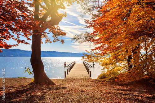 Canvas Pier Autumn at Lake Starnberg with jetty near Possenhofen