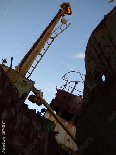 Fotobehang Schip rusty ship
