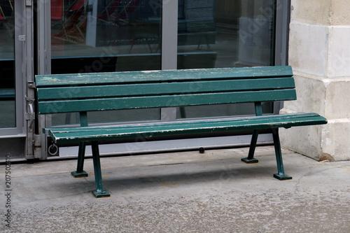 Foto Murales Banc de bois peint en vert