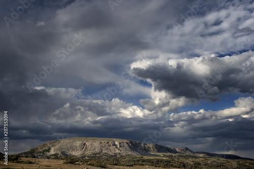 Aluminium Donkergrijs Storm clouds over Browns Peak; Wyoming