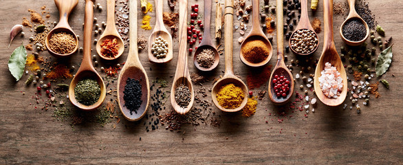 Spices on wooden board © Dionisvera