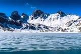 Le Lac et les Tours d'Allos en hiver