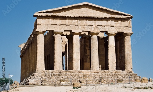 Poster Temples in Agrigento, Greek operas of the ancient city of Akragas, located in the Valley of the Temples of Agrigento in Sicily.