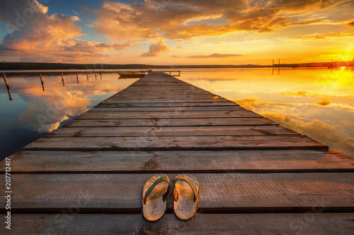 Fotobehang Diepbruine Small Dock and Boat at the lake
