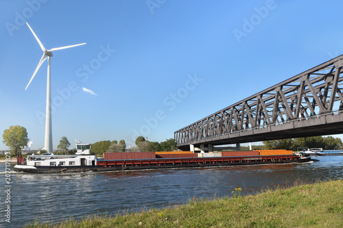 Fotobehang Antwerpen Container barge on Antwerp canal