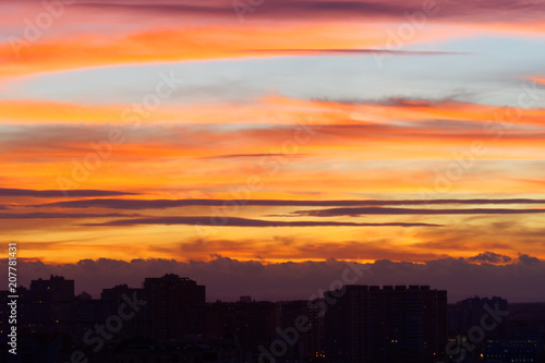 Fotobehang Oranje eclat Spectacular colorful sunset skies. Nature abstract background.