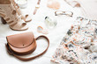 Leinwanddruck Bild - Feminine flat lay, fashion bloggers beauty objects