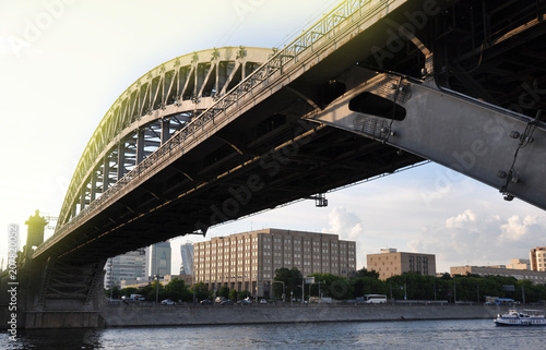 Fotobehang Sydney railway bridge over the river in Moscow