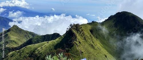 Canvas Blauwe hemel Mountain top merbabu