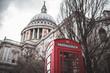 Cabina de teléfono Roja en Londres, Gran Bretaña