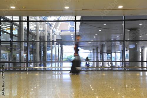 Fotobehang Shanghai Passengers in Shanghai Pudong International Airport Airport