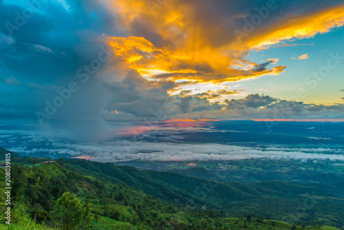 Aluminium Groen blauw mountains under mist in the morning with sunrise at Phu Tub Berk, Petchabun Thailand