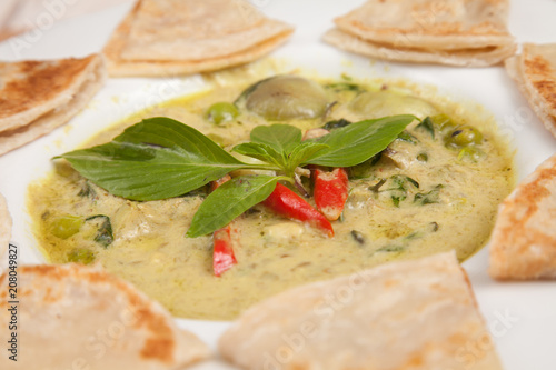 Green Curry Chicken with Roti - Thai food - 208049827