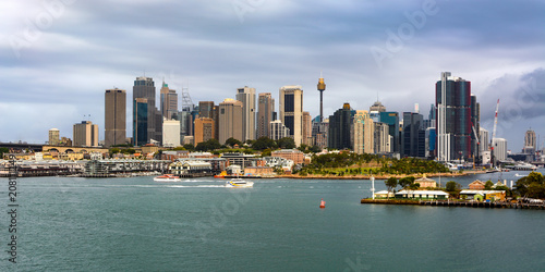 Aluminium Sydney Wide panoramic view across the harbor of Sydney's iconic city skyline and downtown central business district in Australia